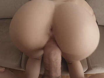 She fucks with her lover and records it for revenge