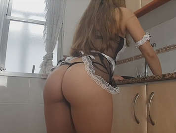 Disguised as a cook with a butt in homemade porn
