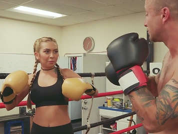 Sex in the ring with a cute blonde boxer