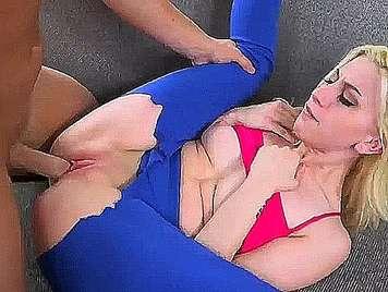 Girl with aerobic tights fucked hard