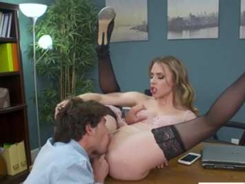 Secretary fucking the boss in the office brutal sex