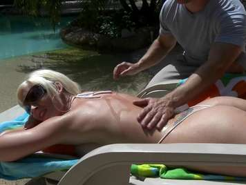 Outdoor massage ends in hard sex
