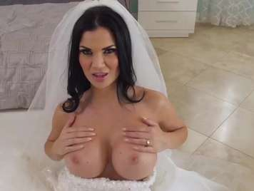 Bride with big tits wants to fuck with the best man