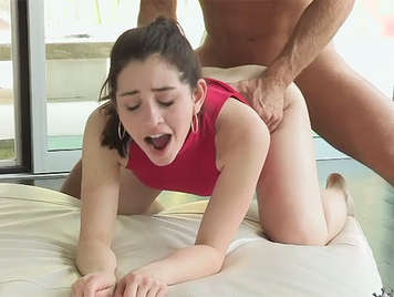 Argentina girl with a perfect ass like a cat in heat on all fours and fills the mouth with warm cum