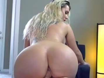 Busty ass blonde receives facial between her tits
