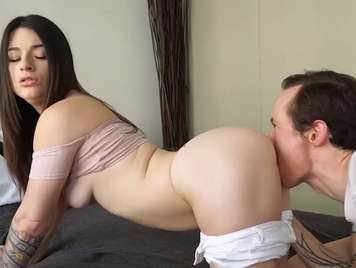 19 year old girl enjoys the tranca of her partner