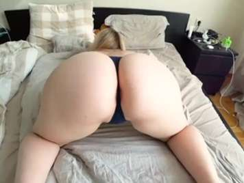 Homemade strong porn with my girlfriend who has a big butt