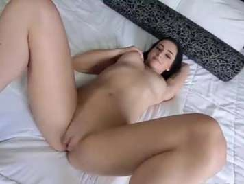 Homemade porn video with a shaved and juicy pussy girl