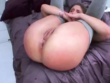 Latina with tremendous ass wants brutal anal sex