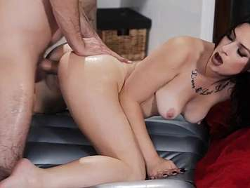 Fucking with the masseur smeared in oil