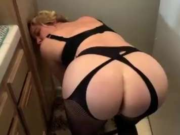 homemade fucking my wife in the kitchen