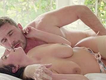 Sensual busty semen is tragona