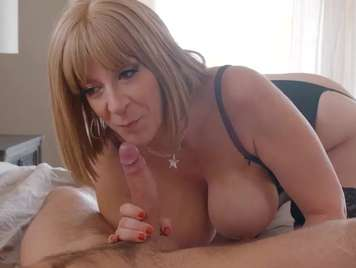 Mature with big tits fucks with a young man
