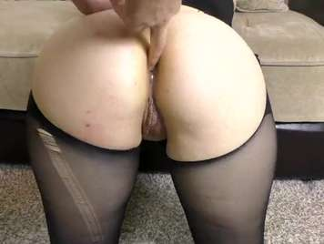 Anal breaking the ass of my girl and filling milk