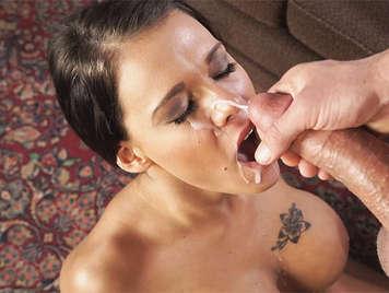 Peta Jensen, making a blowjob will cumshot on her face