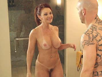 Amazing sculptural body mature redhead slut