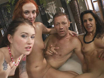 Foursome of extreme anal sex with three gorgeous sluts
