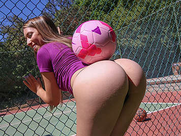 Girl soccer player with an amazing ass fucking with her coach fucks her pussy to cum in her mouth cocksucker