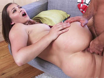 Young girl with a big ass and a hairy pussy brutally fucked on a couch, her lover cum over her hairy pussy