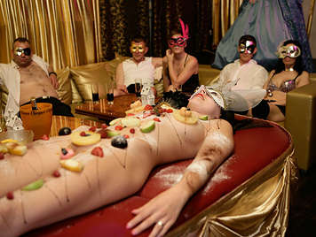Fine dining of swingers, it ends in a great Bacchanal of sex and food