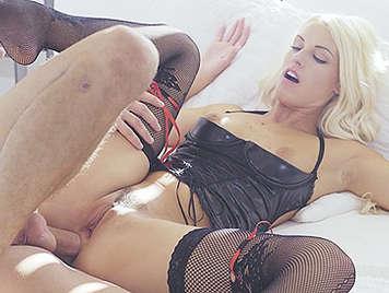 Sexy cumshot blonde naked bhabhi sex