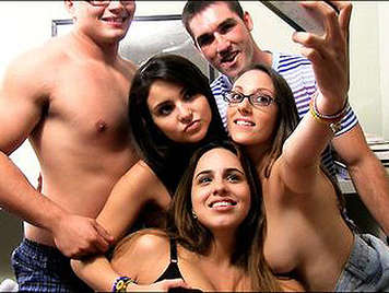 Horny college offer their Asses in the dorm of the college