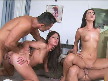 A quartet of very horny sex, fucking, with two sluts brunettes with small tits and ass powerful who want hard cock for their wet pussies