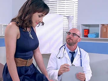 Mature fucks her gynecologist on the medical consultation