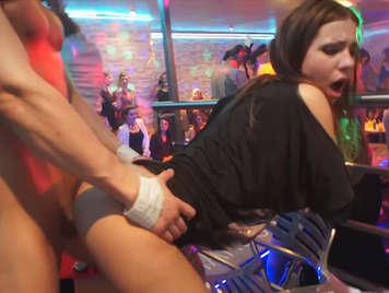 Sex up the ring in her bachelorette party